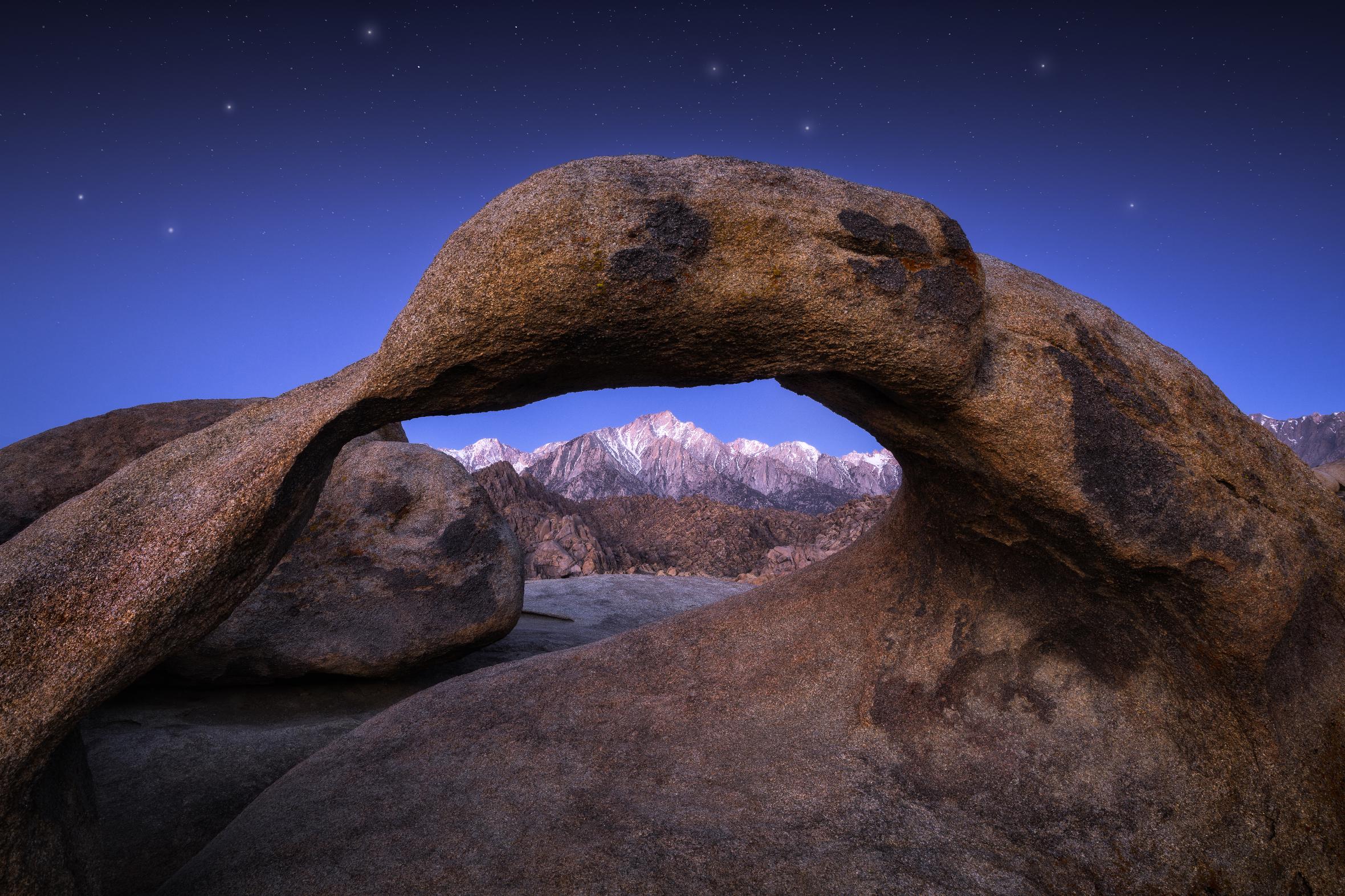 JoSn012Mobius-Arch-Lone-Pine-Sunrise-Twilight.jpg